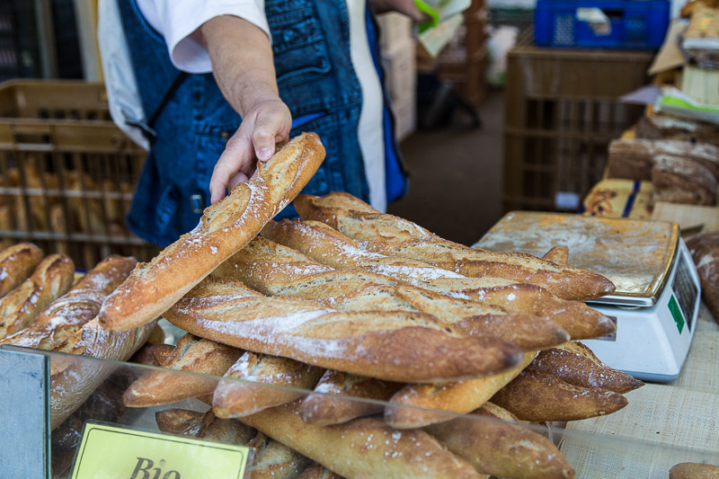 Marche Bastille detail - la boulangerie